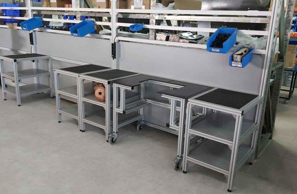 Puestos de trabajo realizados con aluminio ranurado