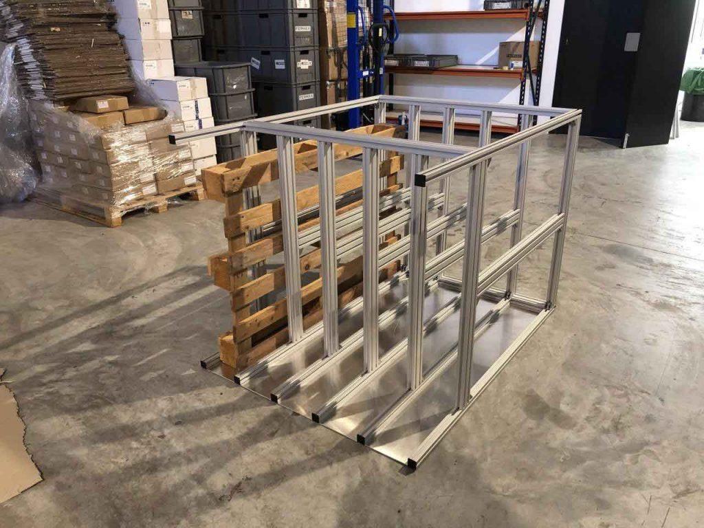Organizador de palés realizado con aluminio ranurado